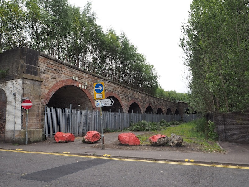 Photograph of the entrance to the Laurieston Arches site